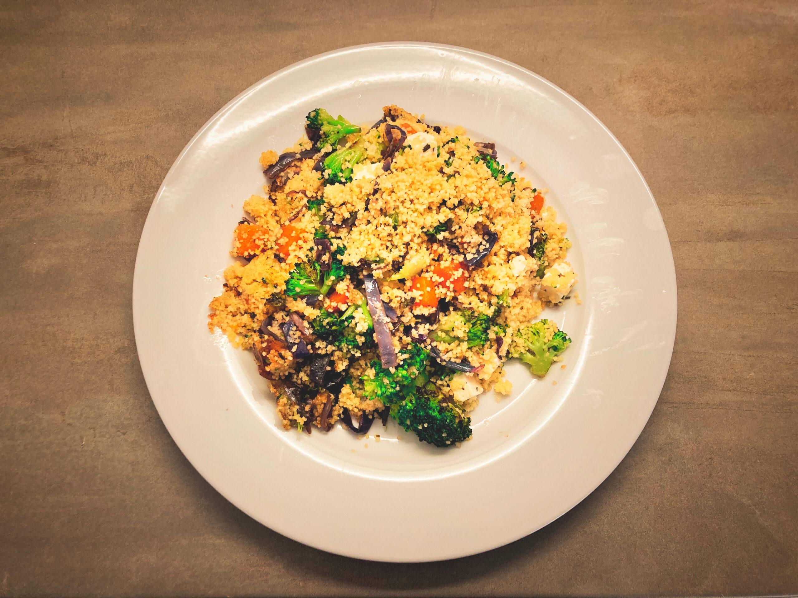 Glutenvrije couscous met groentemix en feta (FODMAP-beperkt)